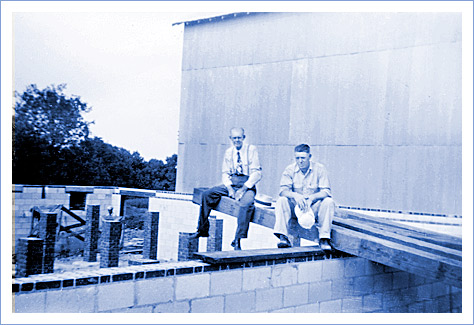 Fielden Jennings and Gwyn Jennings at the construction site of the Jennings building